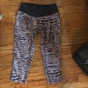 PRISMSPORT patterned leggings cropped